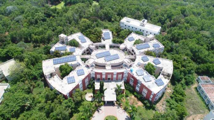 Shri M Venkaiah Naidu, Vice President of India Inaugurates Amp Energy India's 2.4MW Solar Plant For Pondicherry University