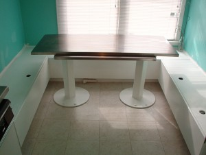 Metal Table2
