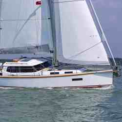 Sirius 40 DS photovoltaic solar panels sailing yacht Solbian