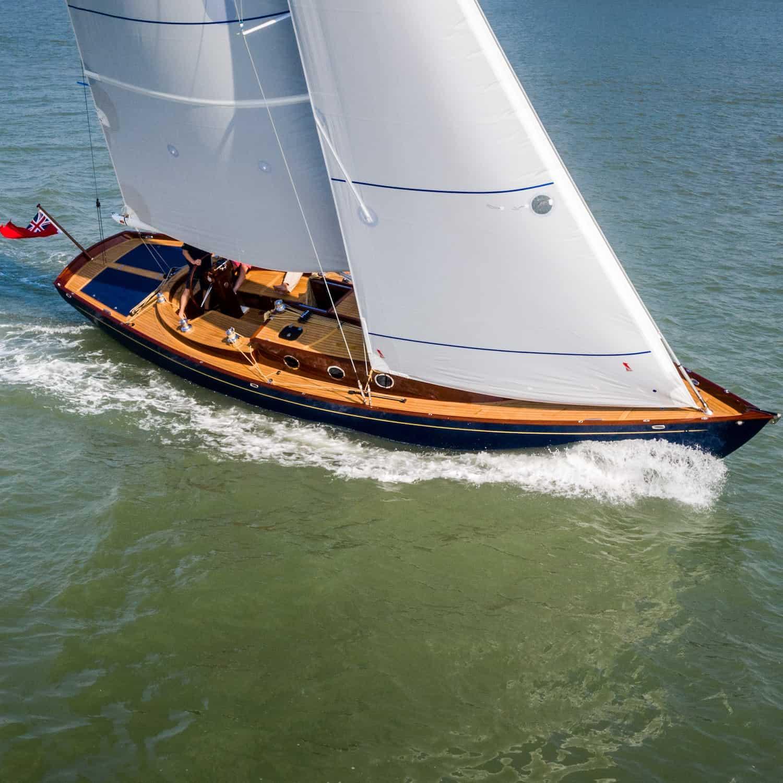 Spirit Yachts 44CR(e) 44CR Solbian Solar Solarmodule Oceanvolt Drone
