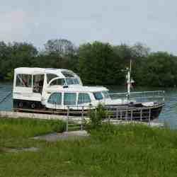 Linssen Dutch Sturdy 320 AC Gold Solbian Solar Solaranlage Bimini Sprayhood Reißverschlüsse Klett Motorboot