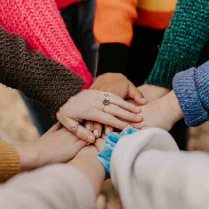 5 Ways Military Spouses Can Get Involved In Their Civilian Communities