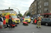 schwerverletzte motorradunfall osloer strasse prinzenallee Berlin (7)