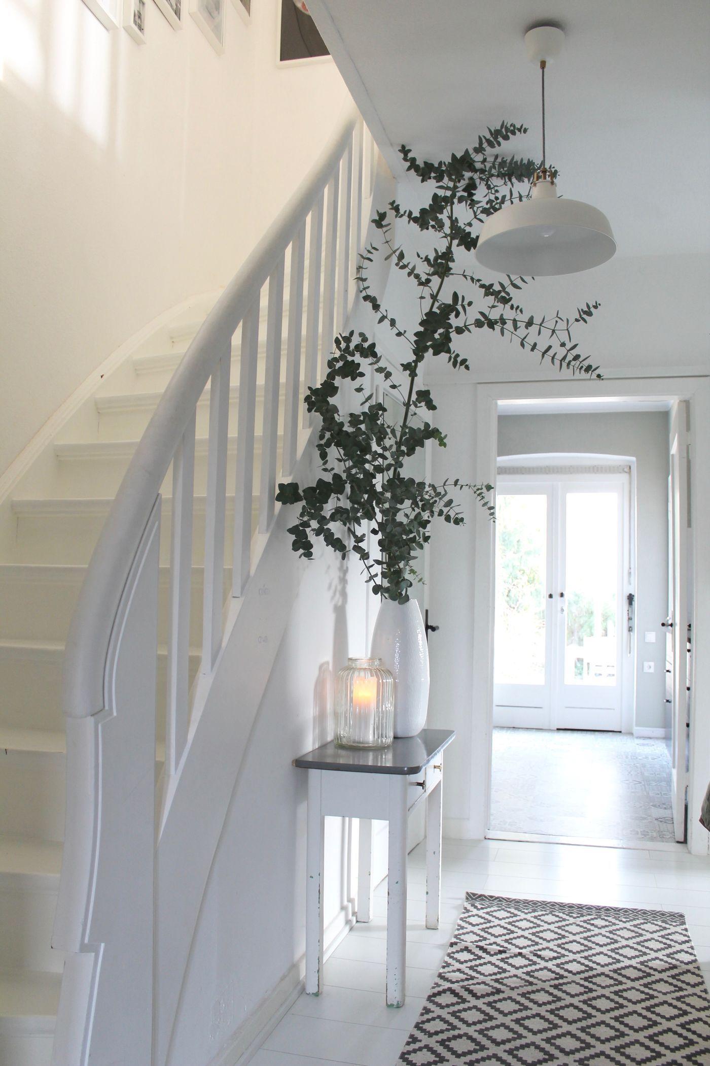 eingangsbereich gestalten ideen gartengestaltung eingangsbereich. Black Bedroom Furniture Sets. Home Design Ideas