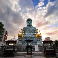 Kobe: le grand Bouddha du temple Nofukuji.