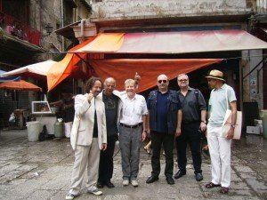La giuria con il Direttore Artistico del 2009 Giovanni Massa. Da destra: Marco Bertozzi, Edoardo Ceccuti, Giovanni Massa, Giancarlo Bocchi, Oliver Watson e Mondher Kilan