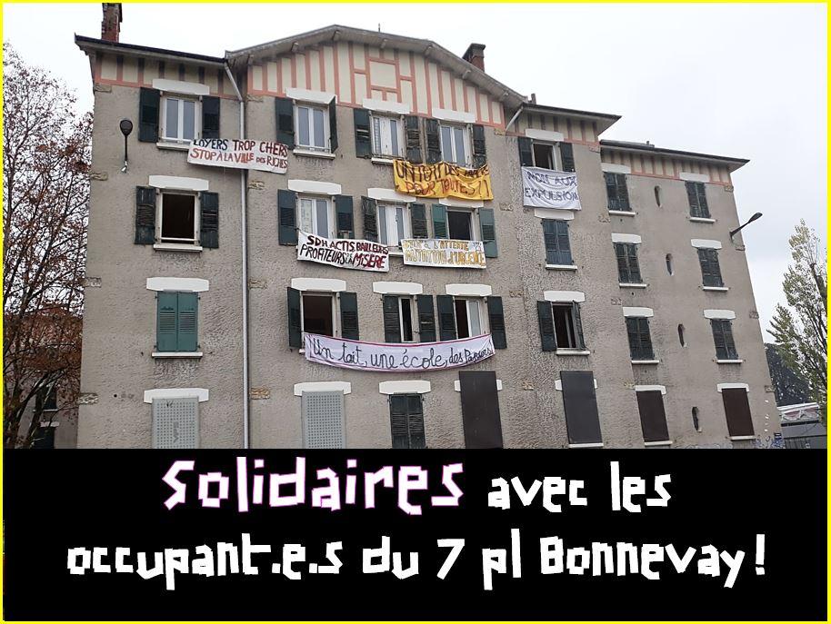 Solidaires avec les occupant.e.s du 7 pl Bonnevay, la mairie de Grenoble doit ouvrir des négociations !