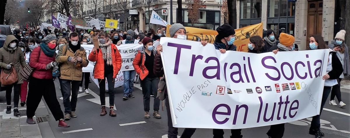 Grève du Social et Médico-social : Acte 2 le 21 janvier, manifestation à Grenoble à 14h au départ du Conseil Départemental de l'Isère