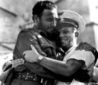 El Comandante Fidel Castro junto al cosmonauta soviético Yuri Gagarin, durante su visita a Cuba, en el acto con motivo del 26 de Julio, celebrado en la Plaza de la Revolución.