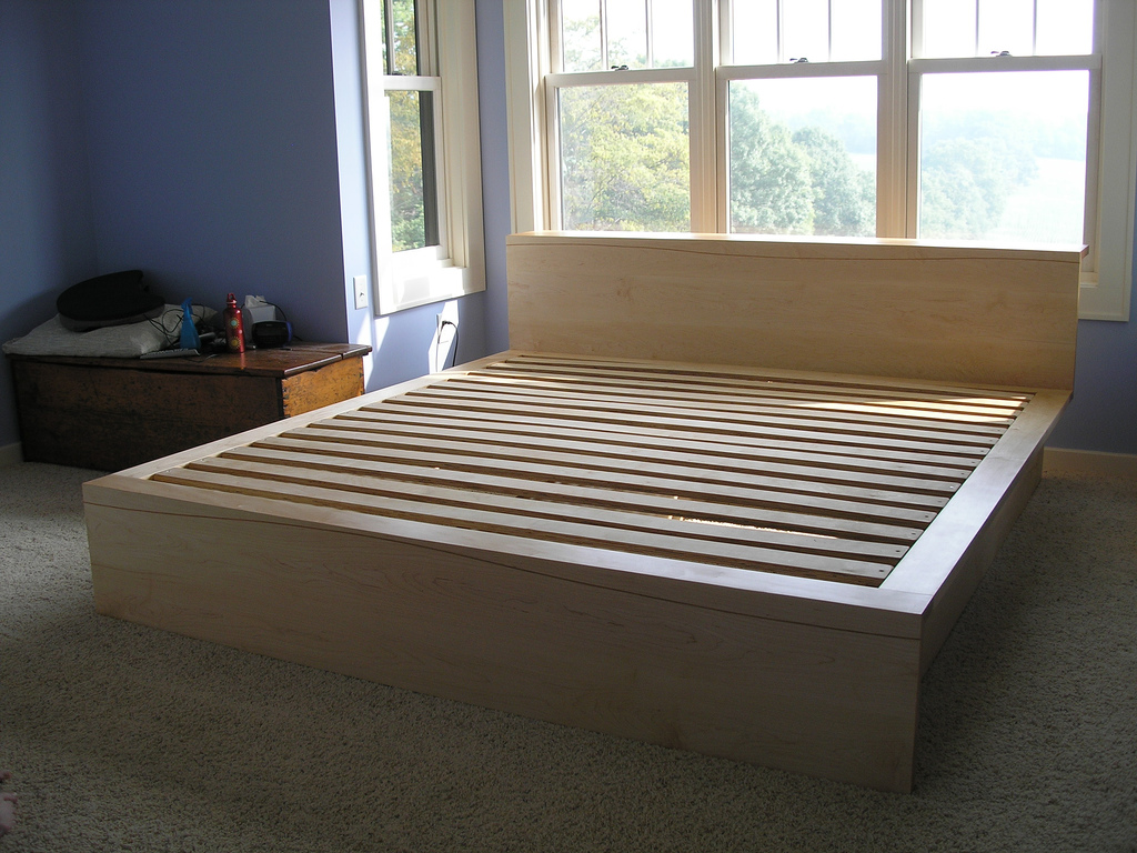 Maple and Cherry Platform Bed  solidio wood  metal craft