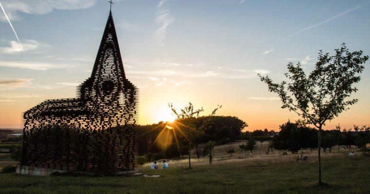 Sluit je dag af met een mooie zonsondergang in Limburg