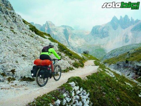Trans Alpes III. Decorados míticos