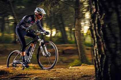 Olympia CSL-X Two 650 Race 1_SoloBici