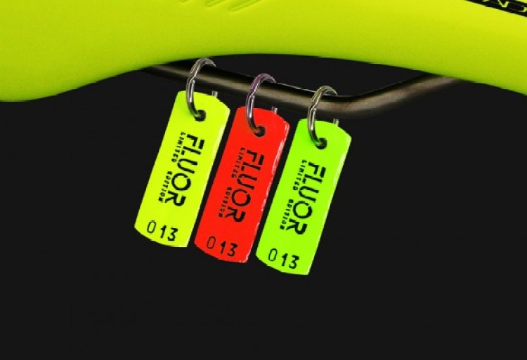Llavero Essax Fluor Limited Edition