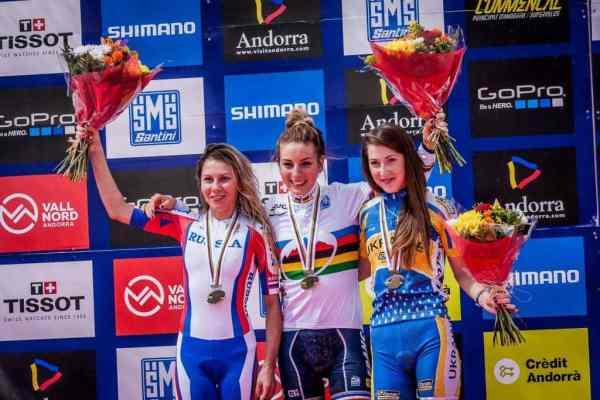 Ferrand Prevot, Kalentieva y Belomoina, oro, plata y bronce respectivamente