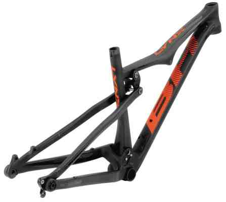 0006-lynx-race-carbon-trase_web