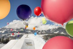 whitestyle_2016_balloon_shooting_diego_caversazi_photo_christoph_laue_01