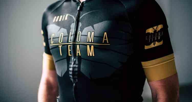 equipación Coloma Team de Gobik
