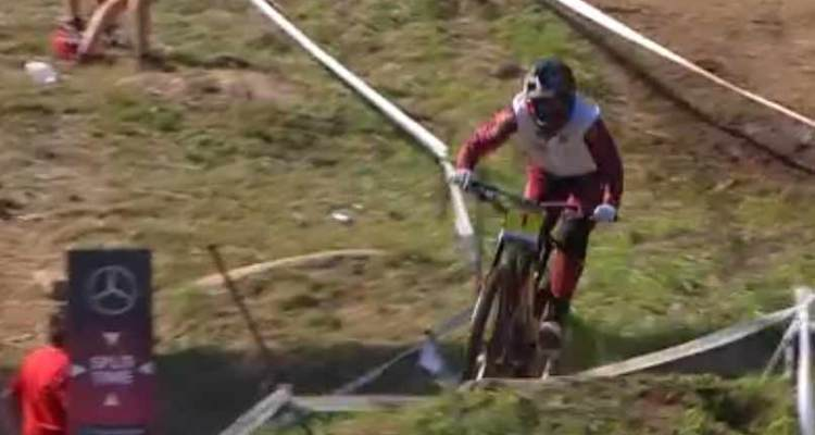 Amaury Pierron Campeón Copa Mundo DH