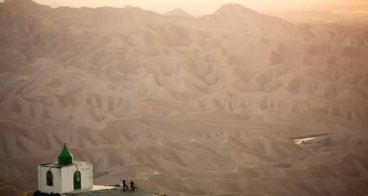 Free Riding in Iran