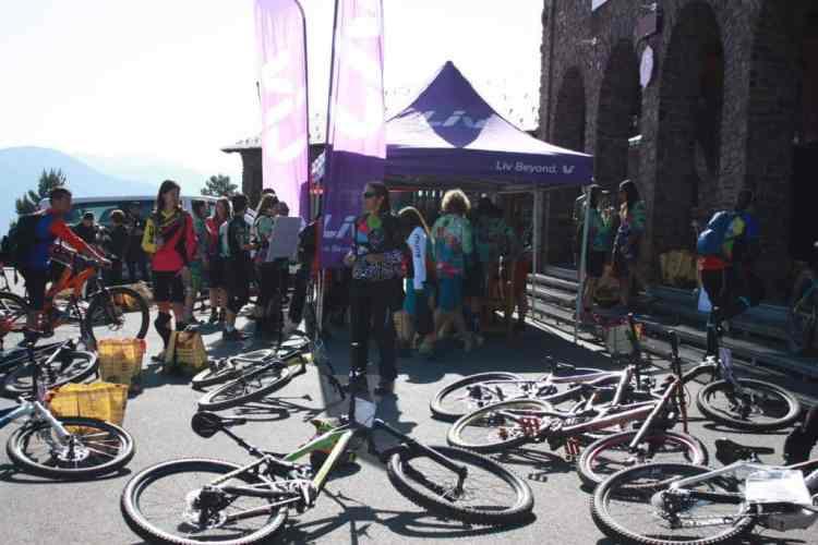 girls bike weekend encuentro