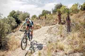 claudia galicia andalucia bike race