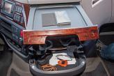 La cabina del XF está repleta de huecos y bandejas, para poder depositar utensilios.