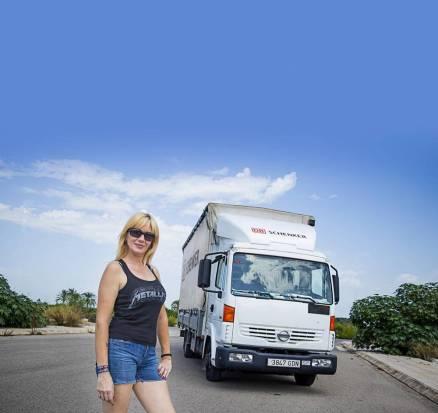 Camionera Eva Sandrine
