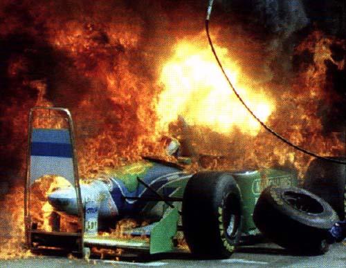 En 1994 no hay heridos graves tras el brutal incendio en los boxes deBenetton