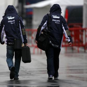 La lluvia no permite que los equipos entrenen en Montmeló