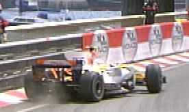 Piquet Jr. ha estado a punto de irse contra la barrera