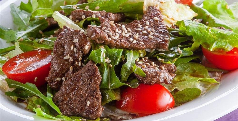 Салат с говядиной и стручковой фасолью