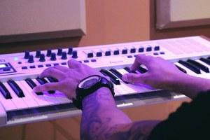 piano-1290128__340