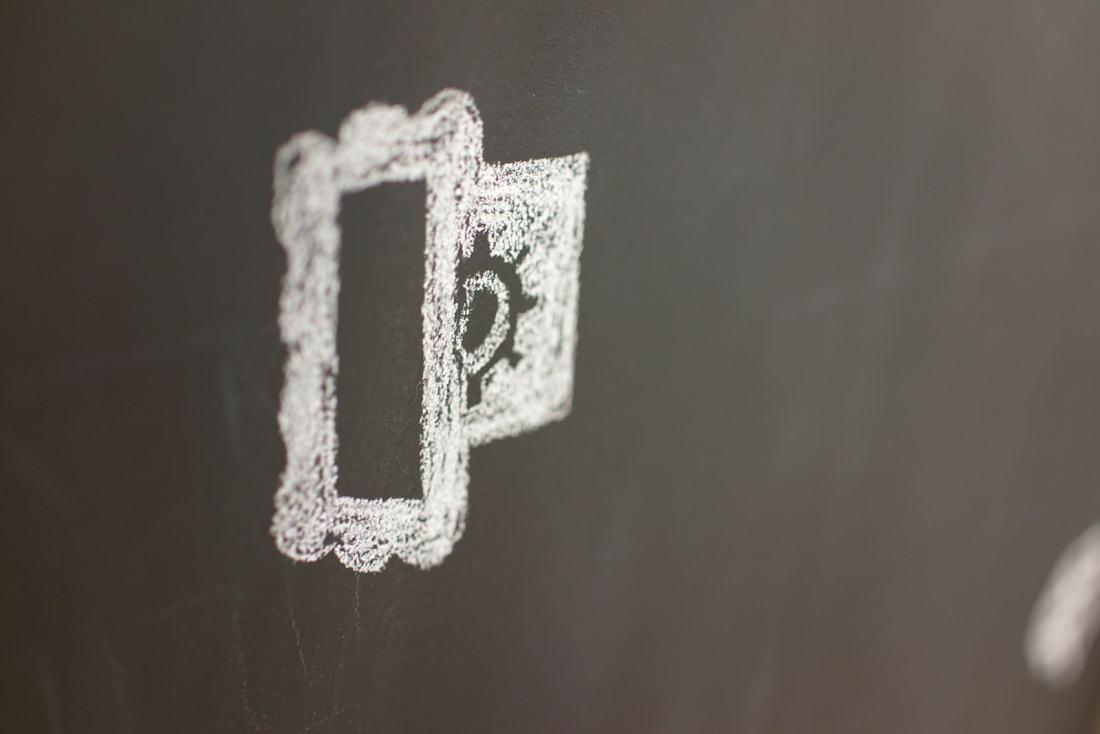 Layervault Logo Chalk