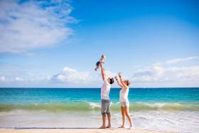 Maui-family-photographer-on-the-beach_0011