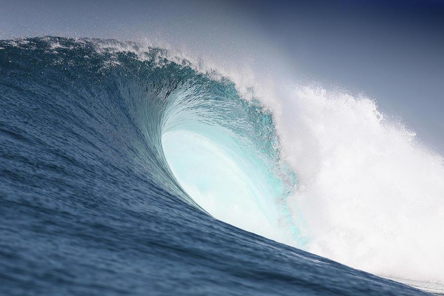big-powerful-wave-reniw-imagery.jpg