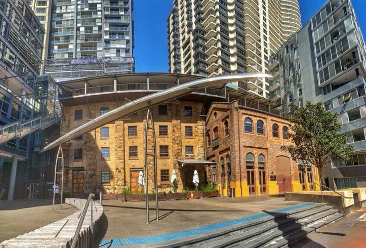 Sydney History Walk at the Rocks - Old vs New