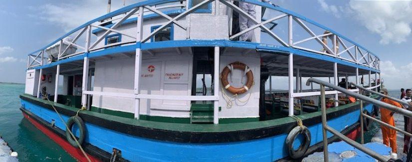 Boat to Jolly Buoy Island