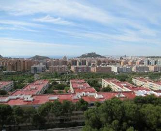 Alicante,Alicante,España,4 Bedrooms Bedrooms,1 BañoBathrooms,Pisos,12486
