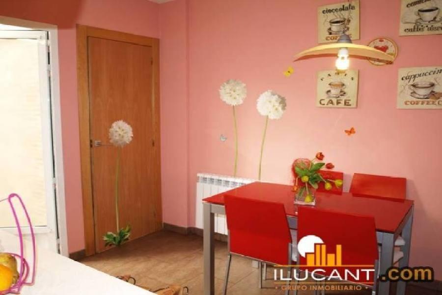 Alicante,Alicante,España,3 Bedrooms Bedrooms,2 BathroomsBathrooms,Pisos,14297
