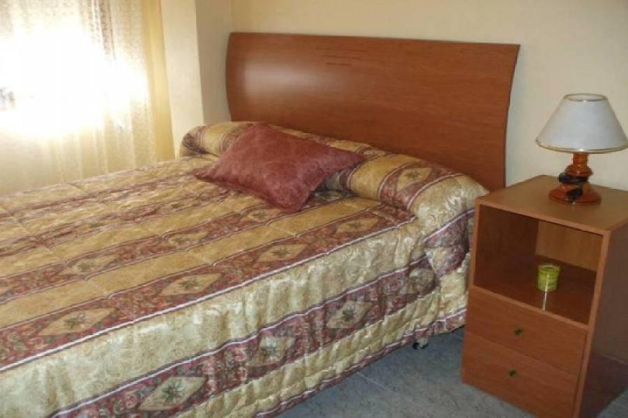 Alicante,Alicante,España,3 Bedrooms Bedrooms,1 BañoBathrooms,Pisos,14386