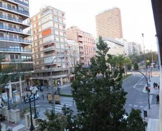 Alicante,Alicante,España,4 Bedrooms Bedrooms,3 BathroomsBathrooms,Pisos,14761