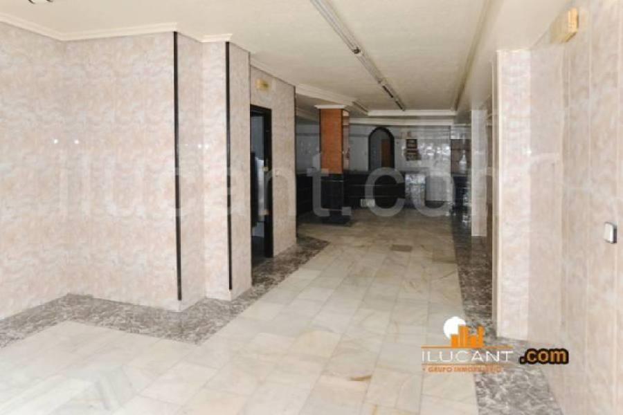 Alicante,Alicante,España,2 BathroomsBathrooms,Local comercial,15251