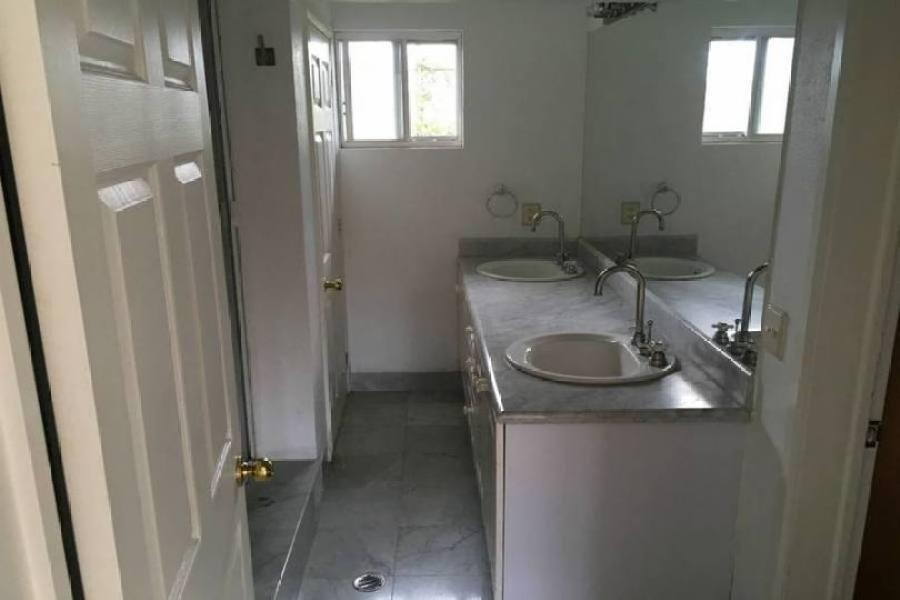 Lerma,Estado de Mexico,México,3 Habitaciones Habitaciones,3 BañosBaños,Casas,2400