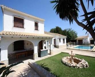 Dénia,Alicante,España,5 Bedrooms Bedrooms,3 BathroomsBathrooms,Chalets,17076