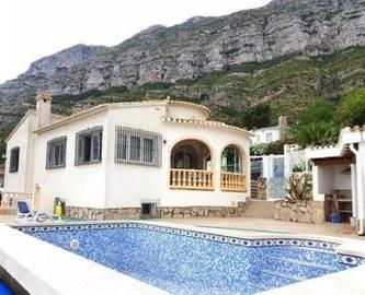 Dénia,Alicante,España,3 Bedrooms Bedrooms,2 BathroomsBathrooms,Chalets,17469