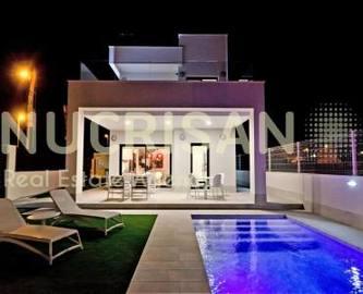 Elche,Alicante,España,3 Bedrooms Bedrooms,3 BathroomsBathrooms,Chalets,17743