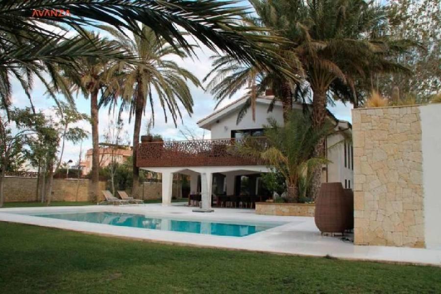 Dénia,Alicante,España,4 Bedrooms Bedrooms,3 BathroomsBathrooms,Chalets,17896