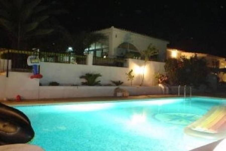 Agost,Alicante,España,5 Bedrooms Bedrooms,2 BathroomsBathrooms,Chalets,18045