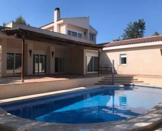 Mutxamel,Alicante,España,4 Bedrooms Bedrooms,2 BathroomsBathrooms,Chalets,19119